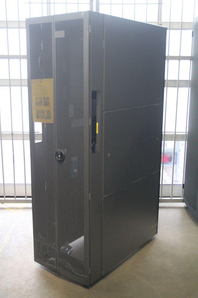 hp af004a 42u 19 server rack mount cabinet 42he server schrank b stock b ware. Black Bedroom Furniture Sets. Home Design Ideas