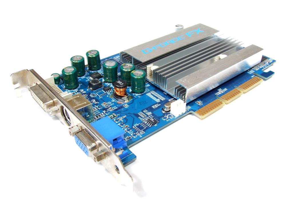 Club 3D CGN-348TVD-1 Nvidia GeForce FX5200 128MB DVI VGA S-Video TV-Out AGP Card 8717249401292