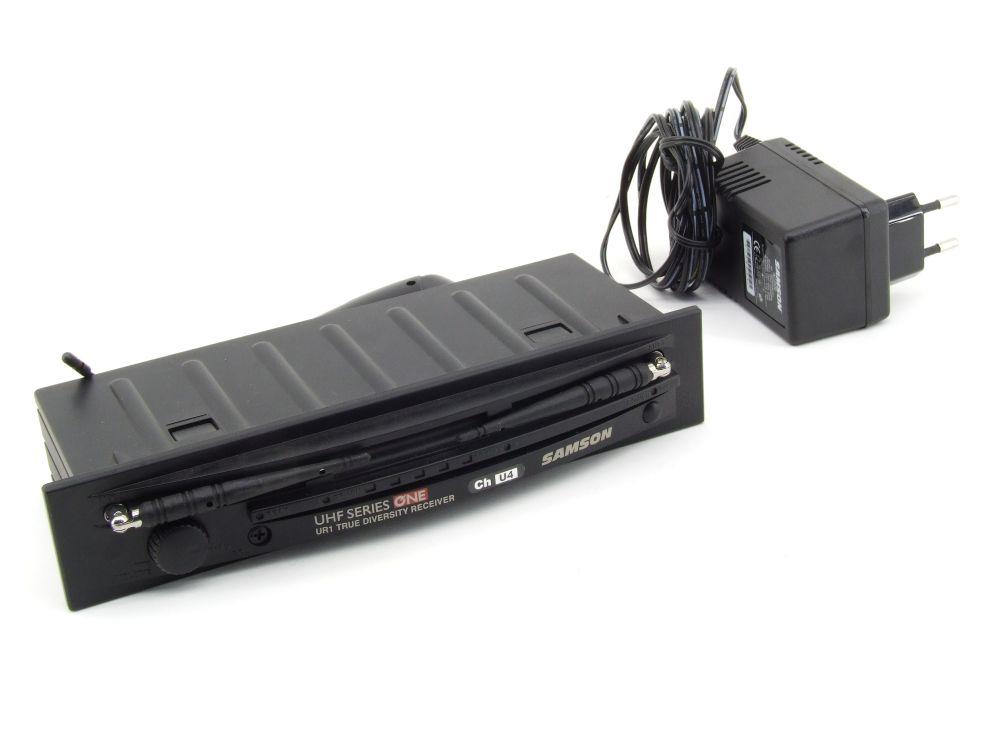 Samson UR1 True Diversity Receiver UHF Series One Ch U4 UR1A Mikrofon Empfänger 4060787314758