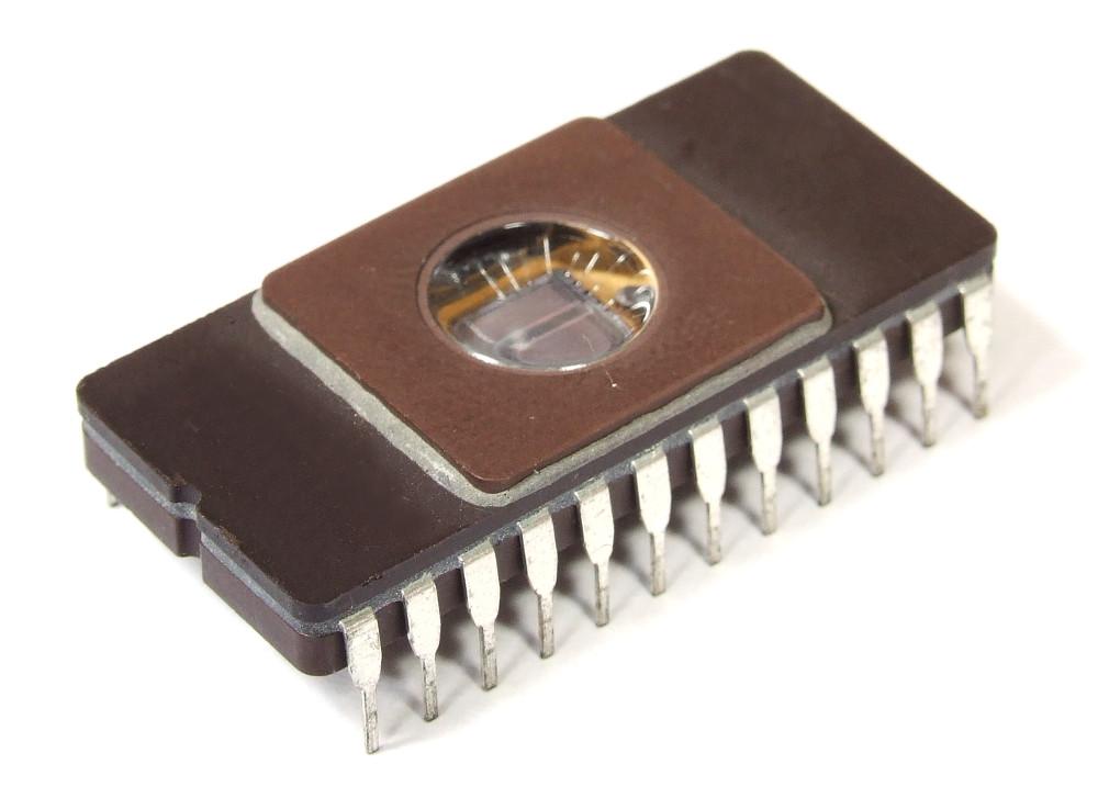 Texas Instruments 4Kx8Bit 32Kbit 2732 UV-Eprom Memory IC DIP-24 32-S139 TI8213 4060787272126