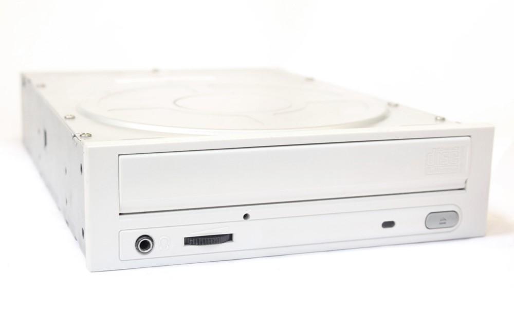 Mitsumi CD-R/RW Rewritable Drive CR-4808TE 16x8x40x High Speed IDE Writer white 4060787035424