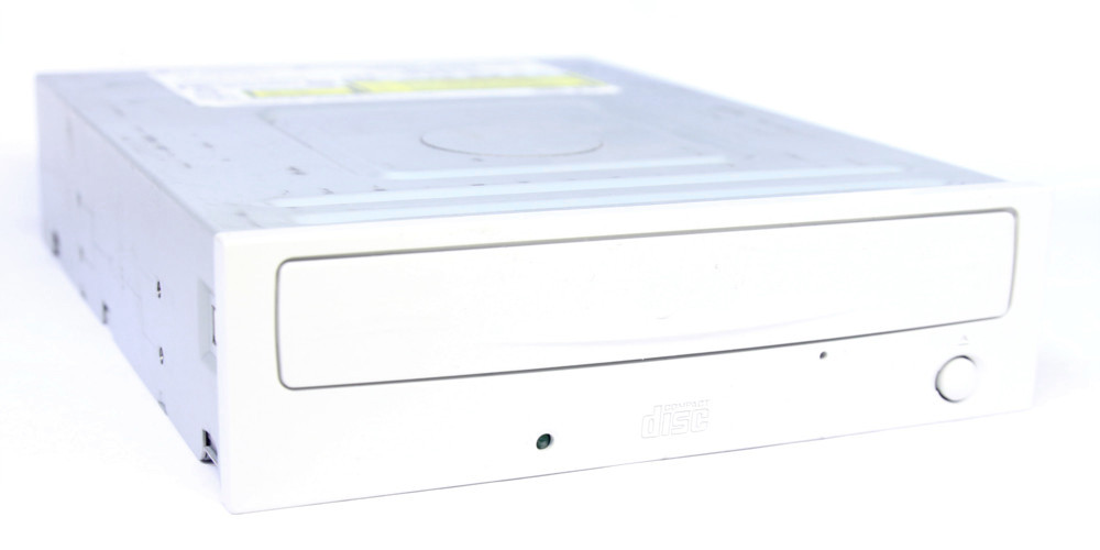 LG CD-R/RW Drive GCE-8525B 52x32x52x Ultra Speed IDE Brenner / Recorder / Writer 4060787030825
